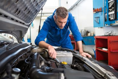 time to change your car engine oil